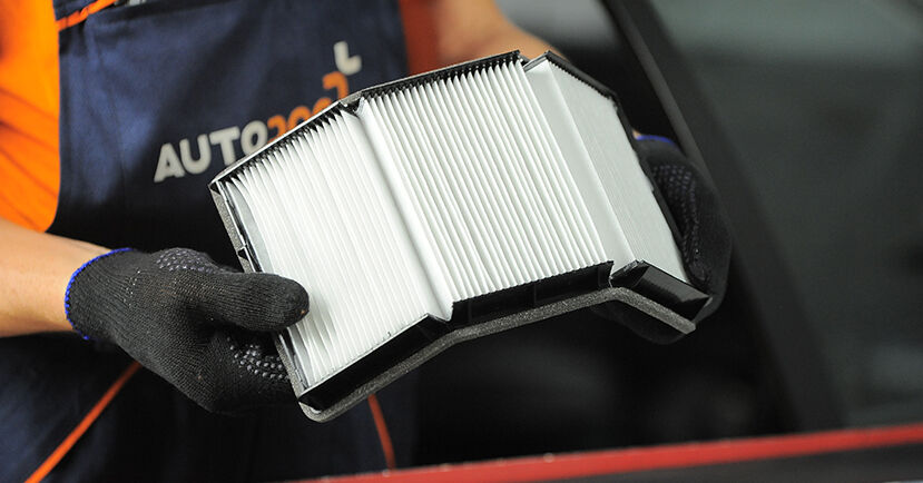 Schritt-für-Schritt-Anleitung zum selbstständigen Wechsel von BMW E36 Compact 2000 318tds 1.7 Innenraumfilter