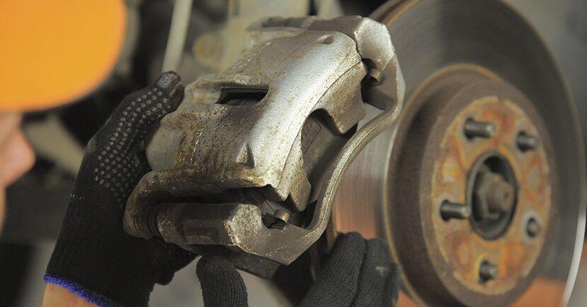 Hvordan man fjerner FORD MONDEO ST220 3.0 2004 Bremseskiver - nem at følge online instruktioner