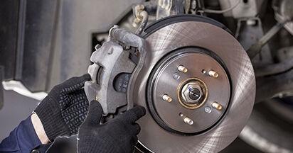 HONDA CR-V 2.0 Flex Bremsscheiben ausbauen: Anweisungen und Video-Tutorials online