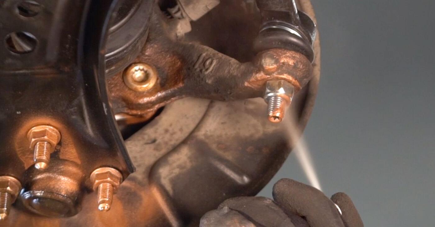 Come cambiare Testina dello Sterzo su VW GOLF V (1K1) 2008 - suggerimenti e consigli