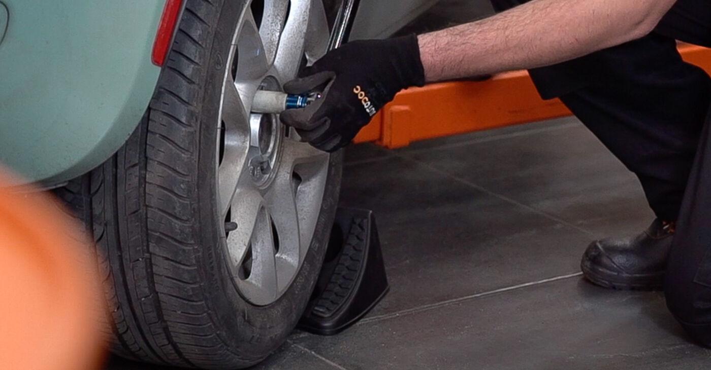 Como substituir Pastilhas De Travão no FIAT 500 (312) 2014: descarregue manuais em PDF e instruções em vídeo