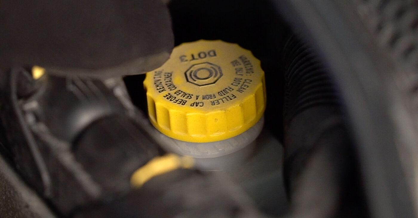 Не е трудно да го направим сами: смяна на Спирачни Накладки на Fiat 500 312 1.2 2015 - свали илюстрирано ръководство