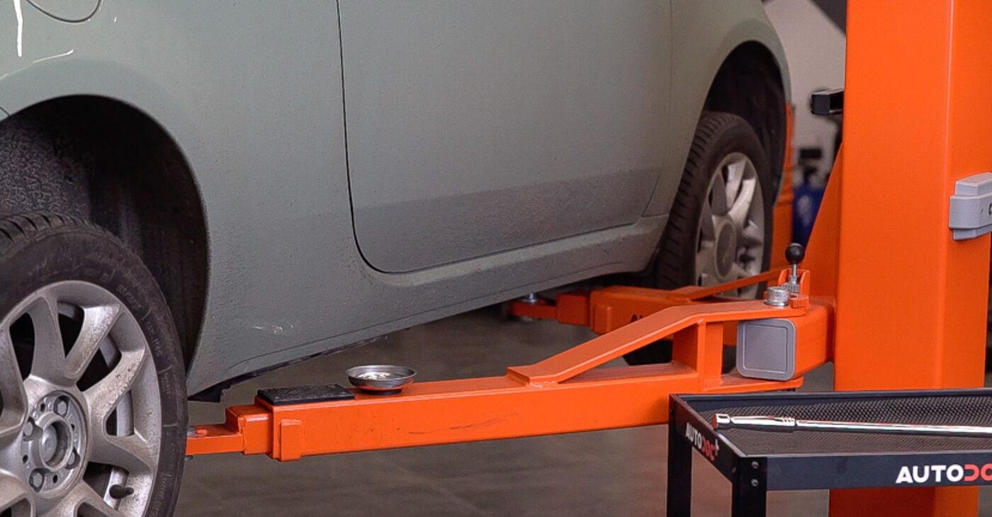 Как се сменя Спирачни Накладки на FIAT 500 (312) 0.9 2012 самостоятелно