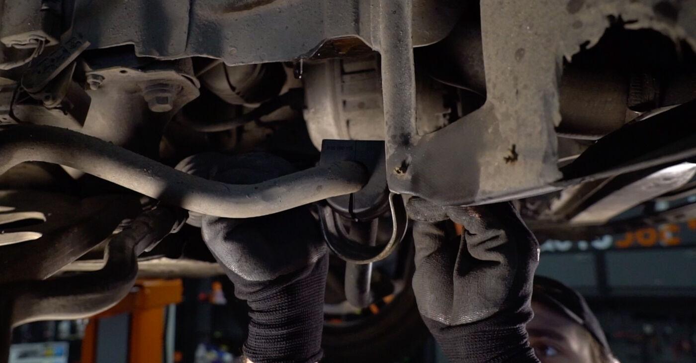 3 Touring (E46) 330d 3.0 2002 Stabilizatoriaus įvorė savarankiško keitimo instrukcija