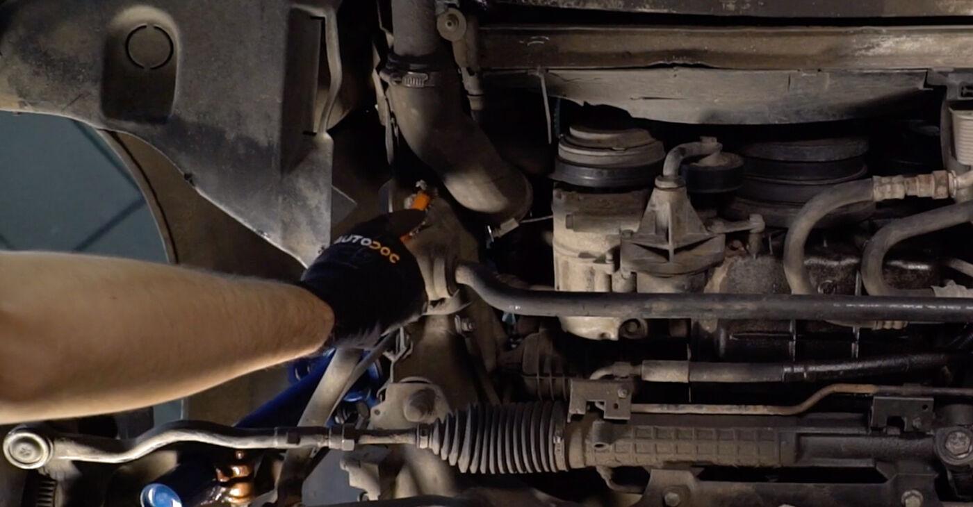 Kaip pakeisti Stabilizatoriaus įvorė BMW 3 Touring (E46) 2004: atsisiųskite PDF instrukciją ir vaizdo pamokas