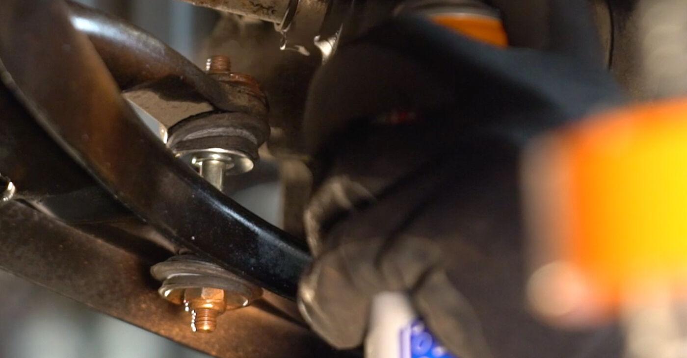 Стъпка по стъпка препоруки за самостоятелна смяна на Toyota Aygo ab1 2008 1.4 HDi Свързваща щанга