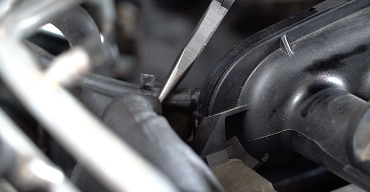 Колко време отнема смяната: Запалителна бобина на Nissan Qashqai j10 2006 - информативен PDF наръчник