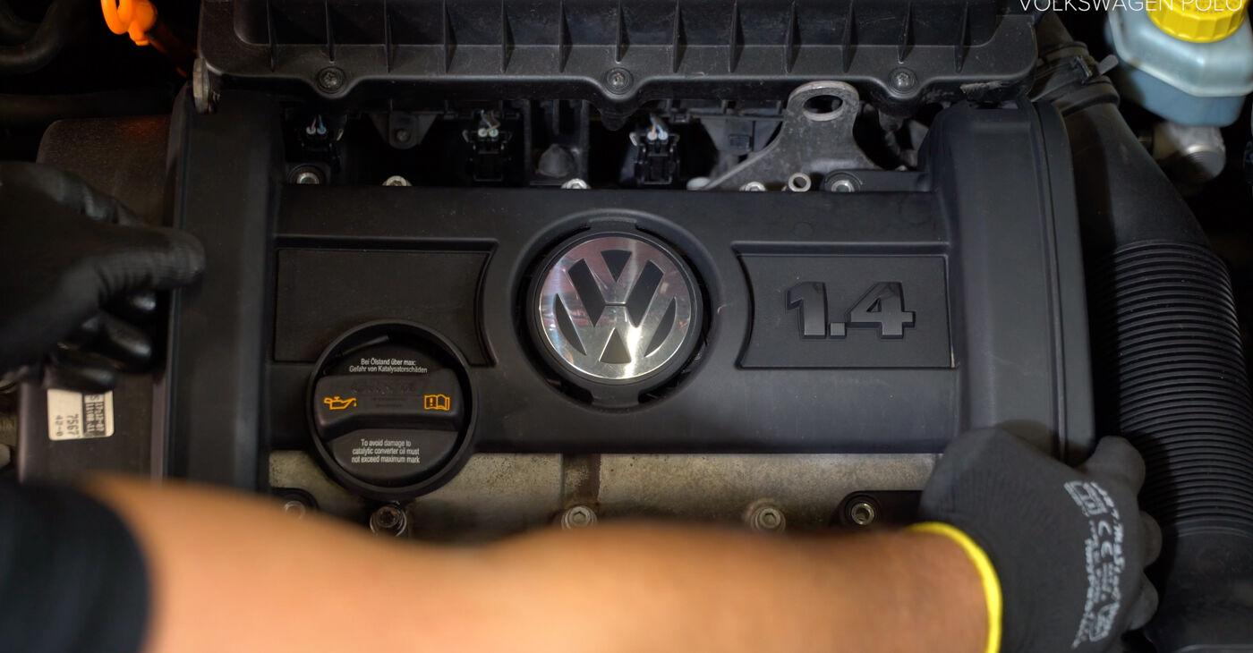Kā noņemt VW POLO 1.9 TDI 2005 Aizdedzes spole - viegli izpildāmas tiešsaistes instrukcijas