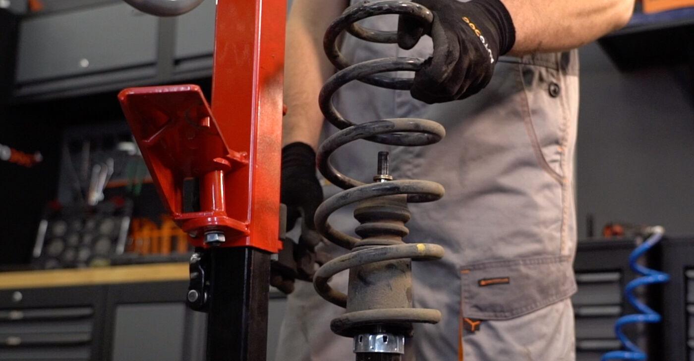 Come rimuovere VW PASSAT 1.6 2004 Ammortizzatori - istruzioni online facili da seguire