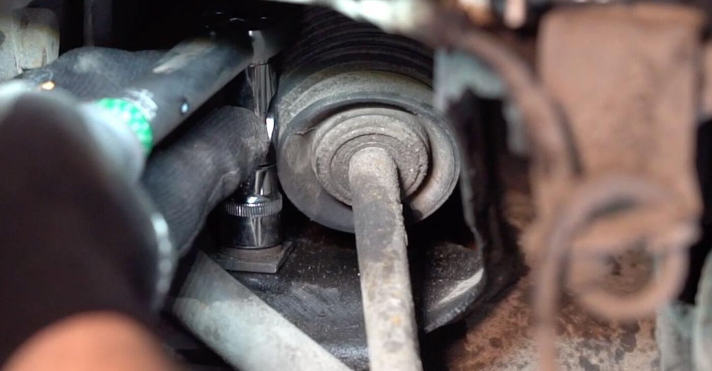 Kako zamenjati Gumice Stabilizatorja na VW TRANSPORTER IV Bus (70XB, 70XC, 7DB, 7DW) 2002 - nasveti in triki