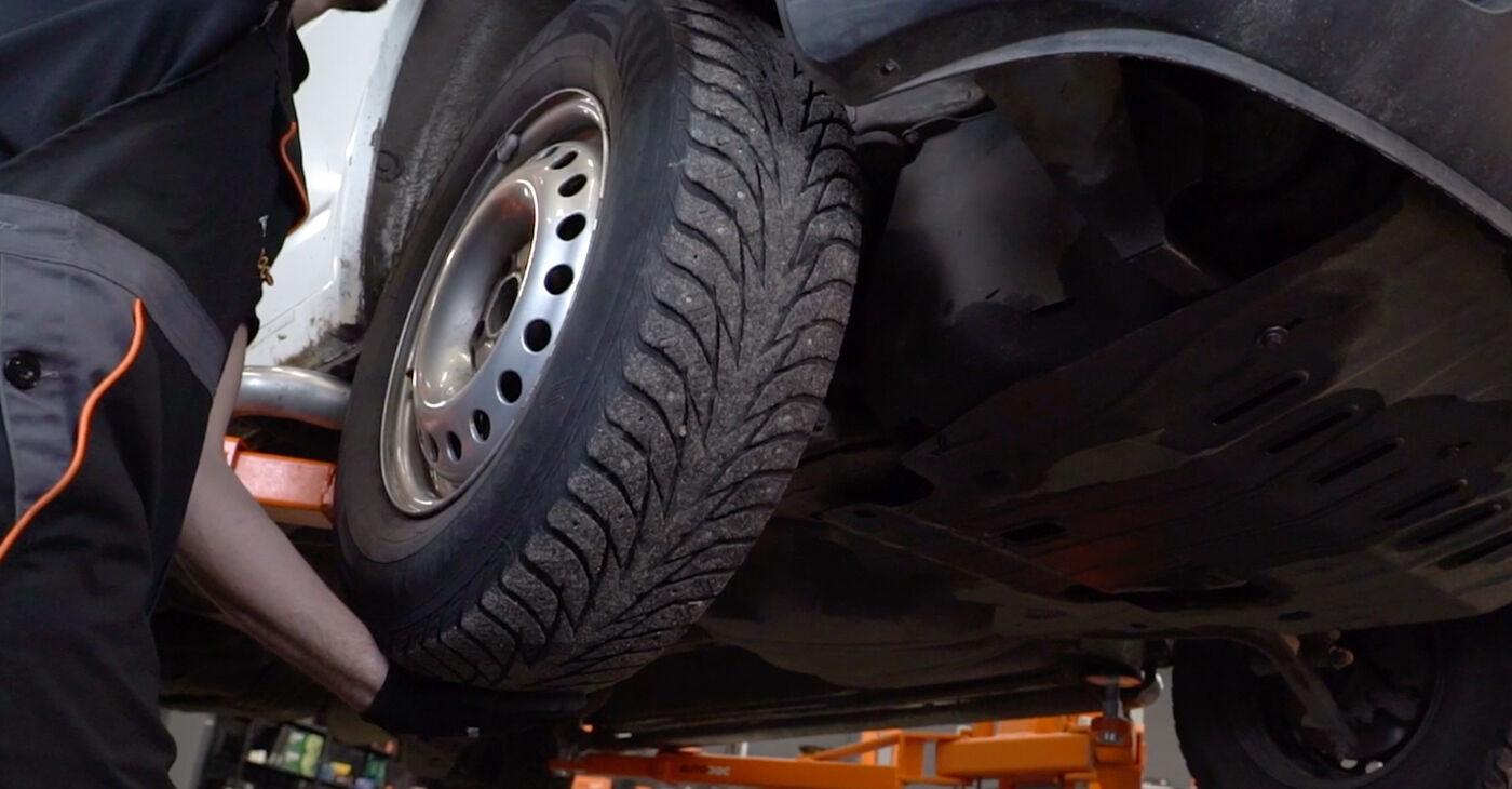 Come rimuovere VW TRANSPORTER 2.5 TDI Syncro 1994 Gommini Barra Stabilizzatrice - istruzioni online facili da seguire