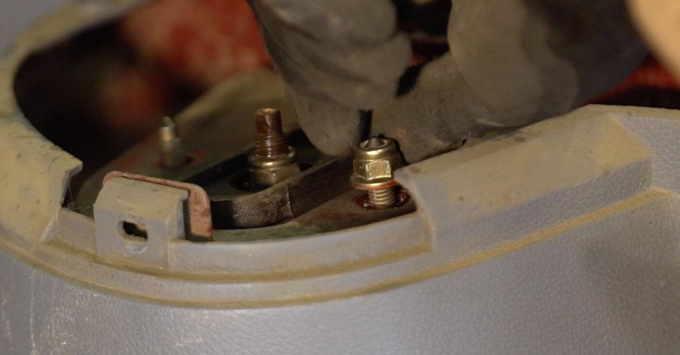 Priporočila korakov za DIY zamenjavo Twingo c06 2006 1.2 Vzmetenje