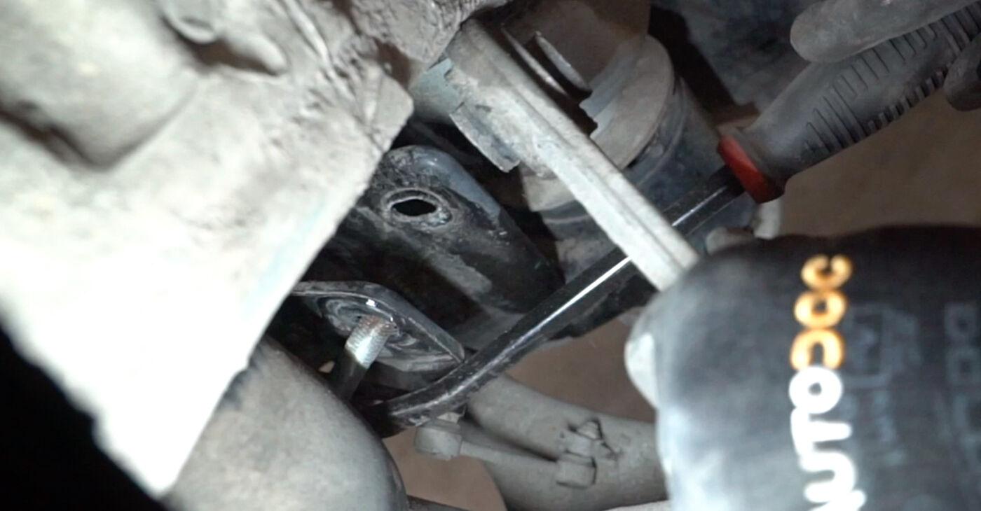 Как се сменя Носач На Кола на BMW X5 (E53) 2004 - съвети и номера