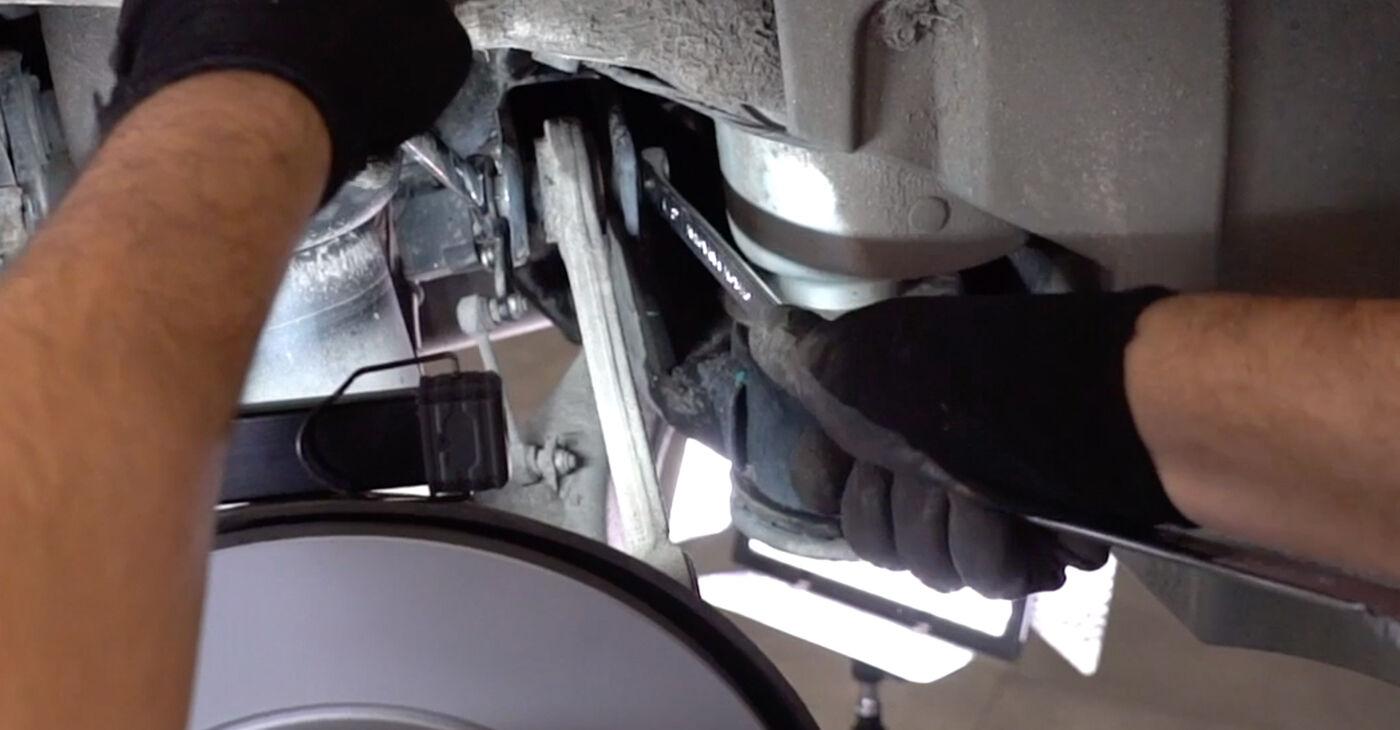 BMW X5 4.6 is Svira nomaiņa: tiešsaistes ceļveži un video pamācības