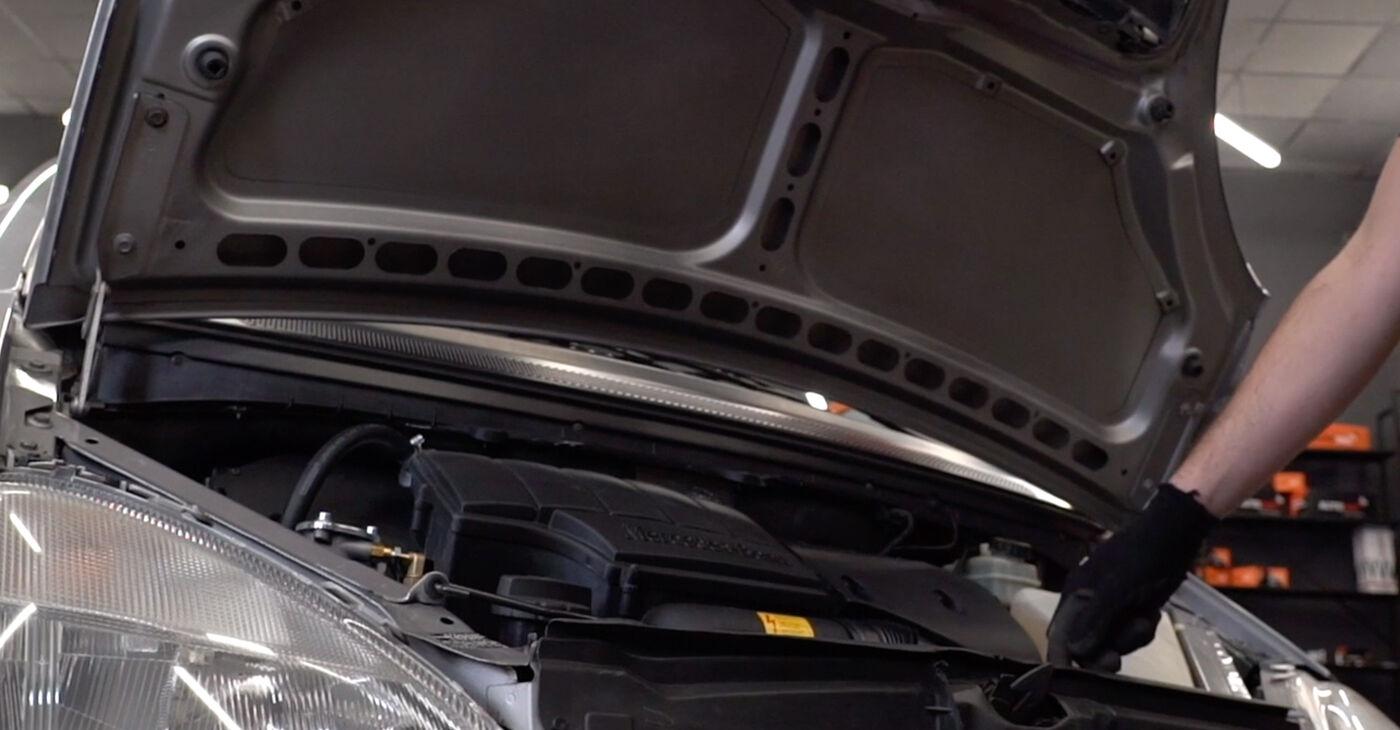 Kā nomainīt Bremžu šļūtene W168 Mercedes 1997 - bezmaksas PDF un video rokasgrāmatas