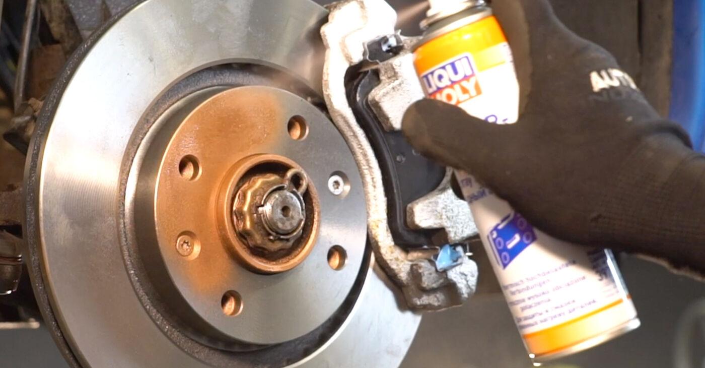 Priporočila korakov za DIY zamenjavo Peugeot 206 cc 2d 2013 1.6 16V Koncnik
