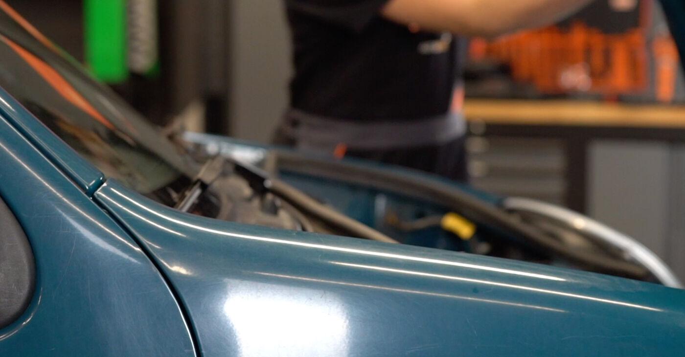 Πώς να αλλάξετε Τακάκια Φρένων σε Renault Kangoo kc01 1997 - δωρεάν εγχειρίδια PDF και βίντεο οδηγιών