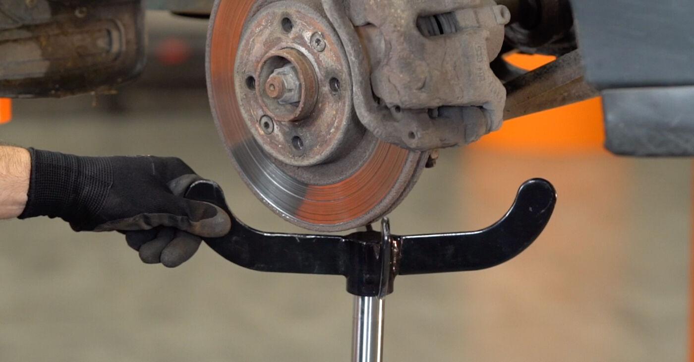 Patstāvīga Renault Kangoo kc01 2007 D 65 1.9 Amortizatoru Atbalsta Gultņi nomaiņa