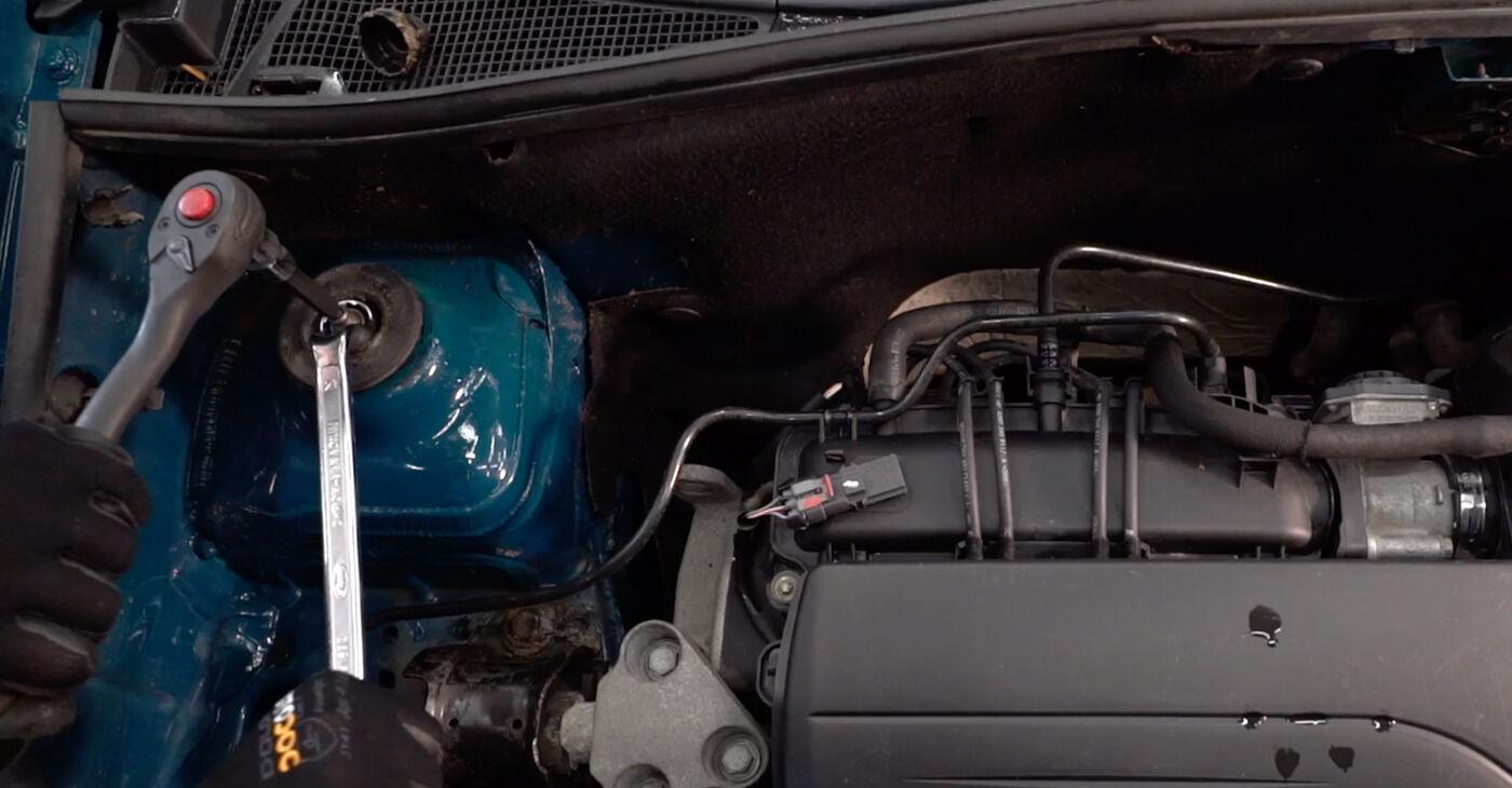 Renault Kangoo kc01 1.4 1999 Amortizatoru Atbalsta Gultņi nomaiņa: bezmaksas remonta rokasgrāmatas