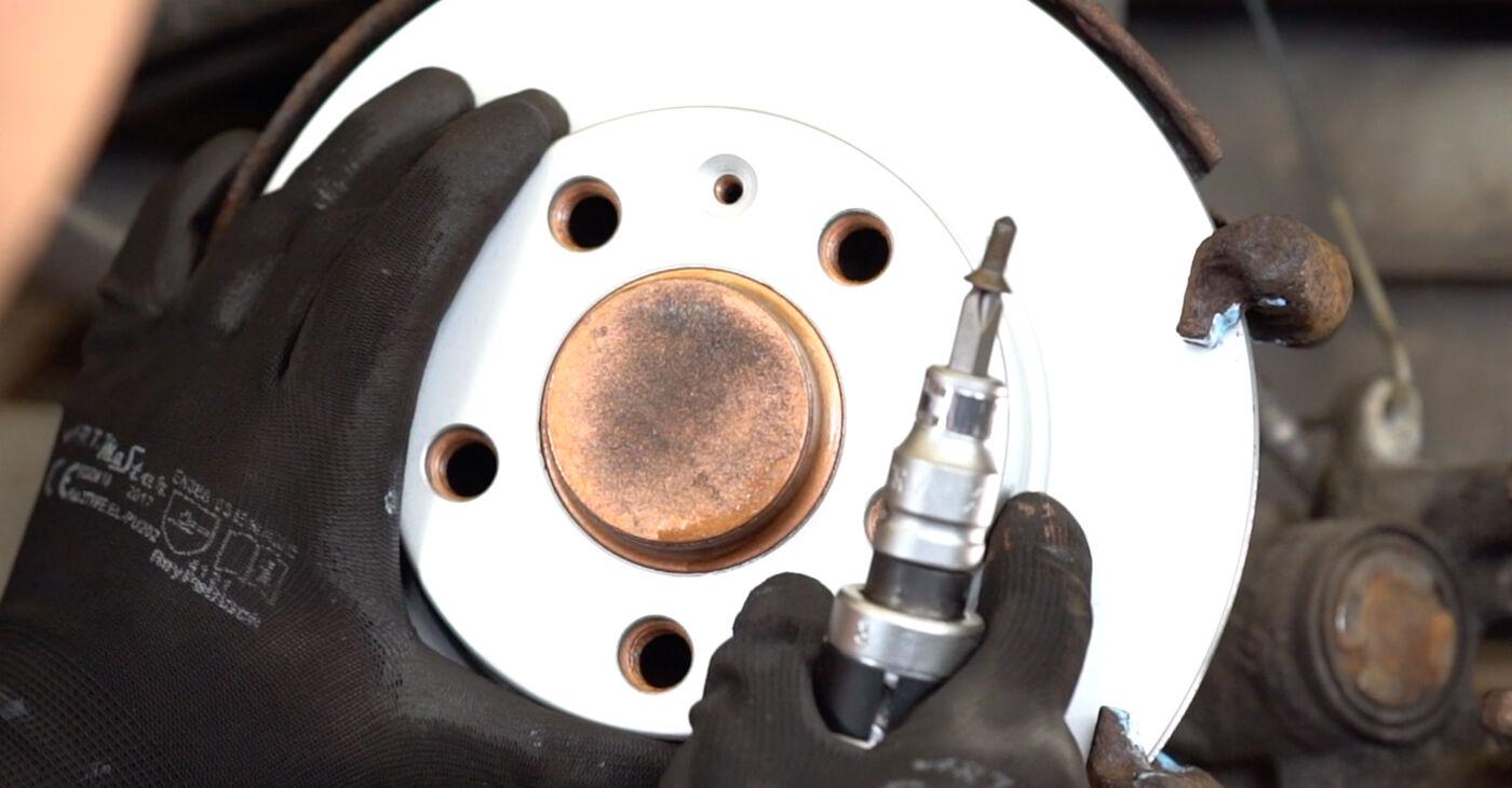 Išsamios Audi A3 8l1 2001 1.8 Stabdžių diskas keitimo rekomendacijos