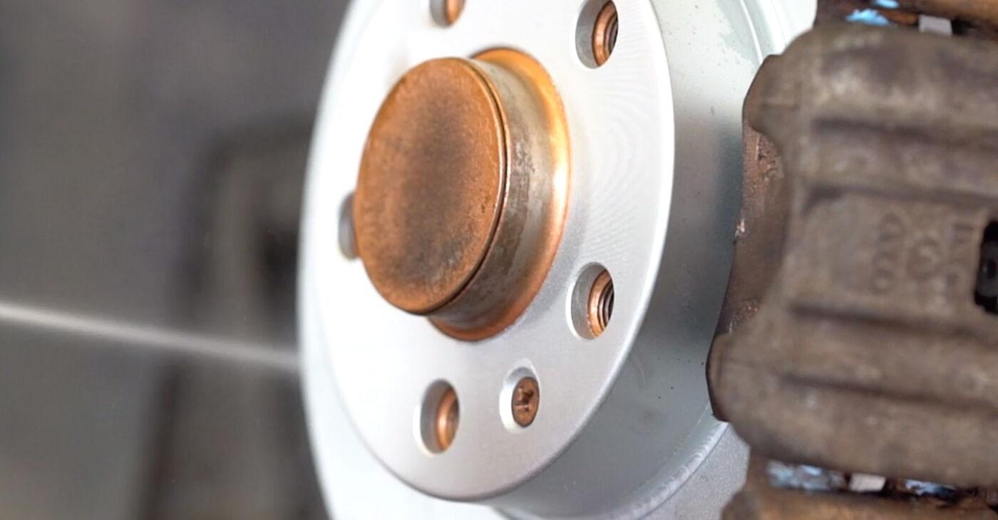 Savarankiškas AUDI A3 (8L1) S3 1.8 quattro 1999 Stabdžių diskas keitimas