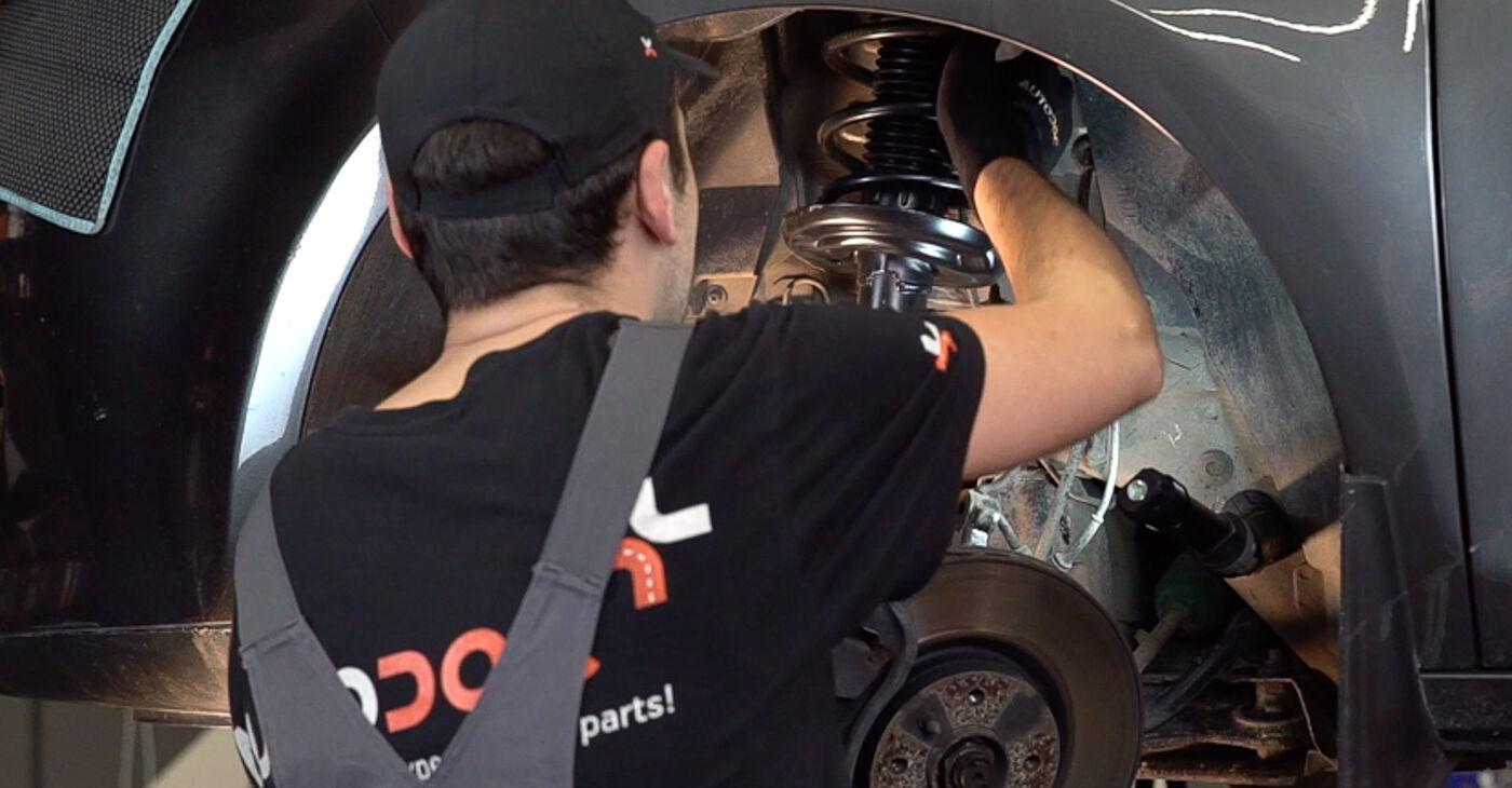 Zamenjajte Vzmetenje na FIAT BRAVO II (198) 1.4 T-Jet 2009 sami