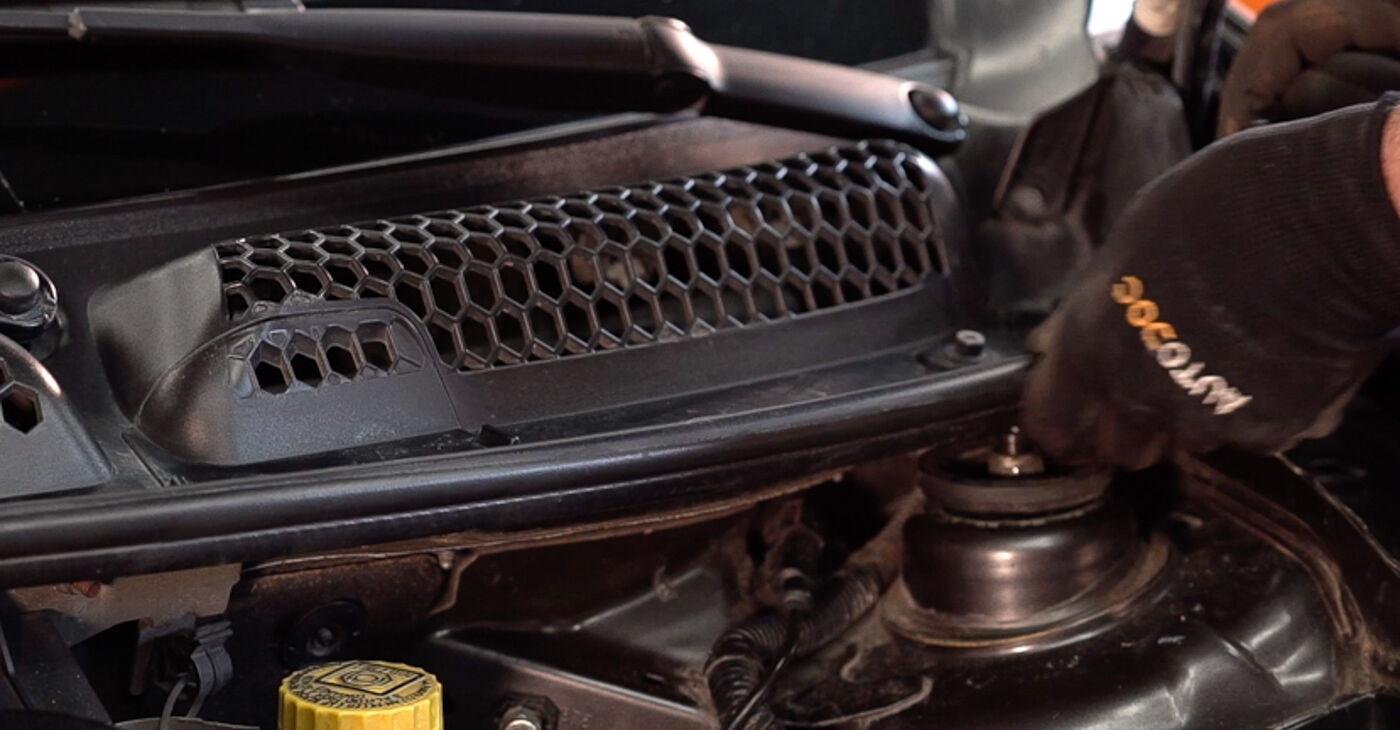 Kako odstraniti FIAT BRAVA 1.4 LPG 2010 Vzmetenje - spletna, enostavna za sledenje, navodila