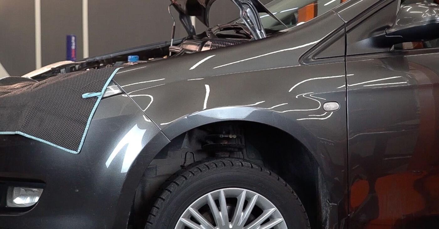 FIAT BRAVO II (198) 1.6 D Multijet 2008 Braccio Oscillante sostituzione: manuali dell'autofficina