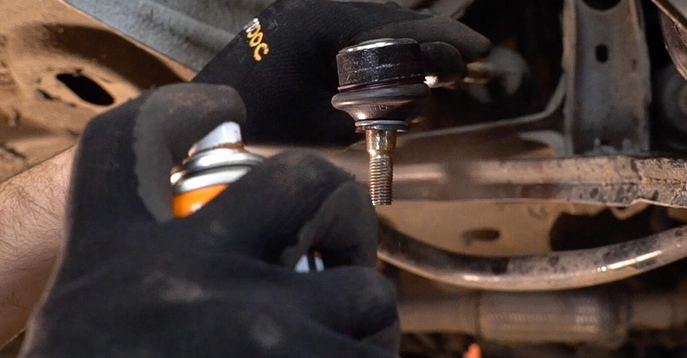 Üksikasjalikud soovitused iseseisvaks Fiat Doblo Cargo 2014 1.3 JTD 16V Roolivardapea väljavahetamiseks