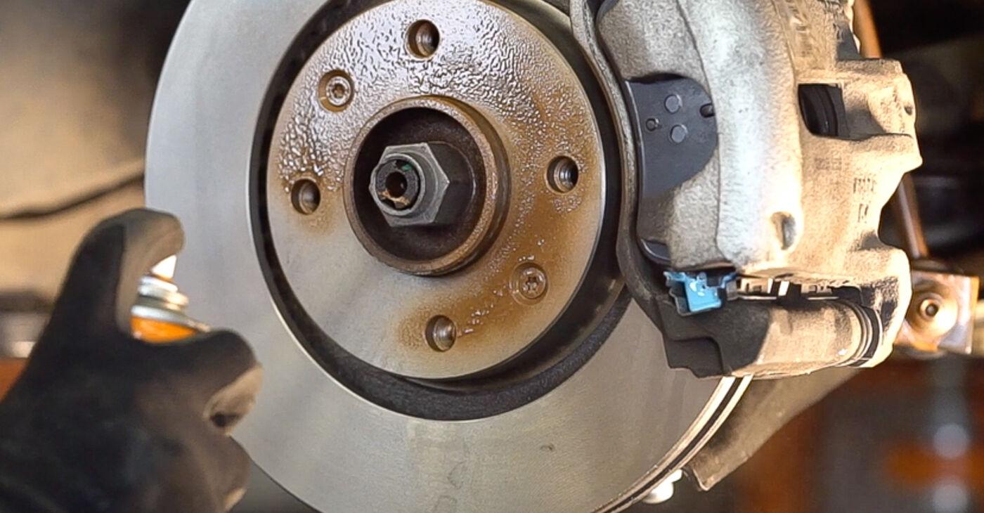 Come cambiare Biellette Barra Stabilizzatrice su Peugeot 208 1 2012 - manuali PDF e video gratuiti