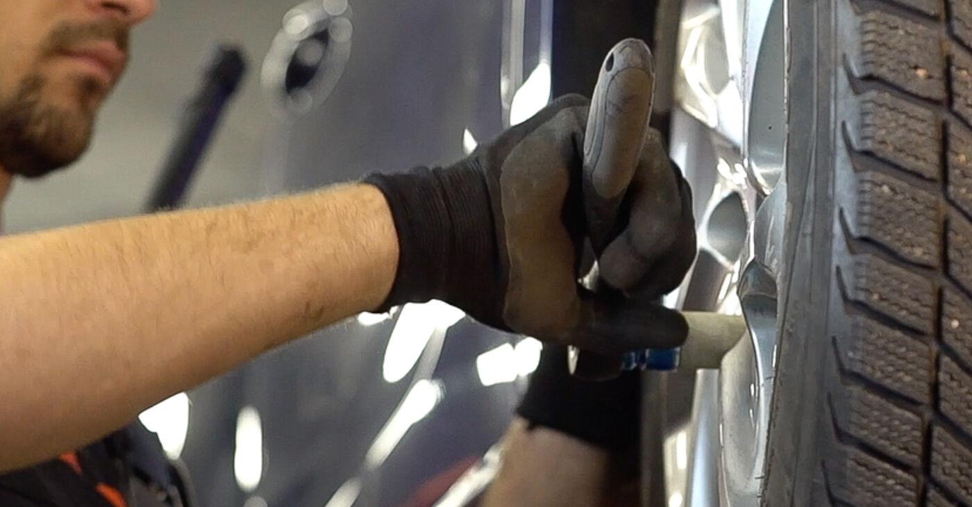 Peugeot 208 1 1.2 2014 Biellette Barra Stabilizzatrice sostituzione: manuali dell'autofficina