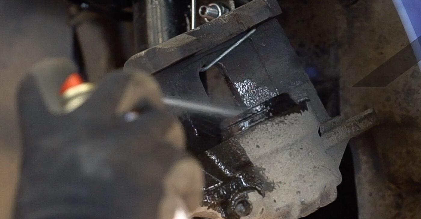 Προτάσεις βήμα προς βήμα για την KANTO ΜΟΝΟΣ ΣΟY αντικατάσταση Peugeot 208 1 2016 1.0 Τακάκια Φρένων