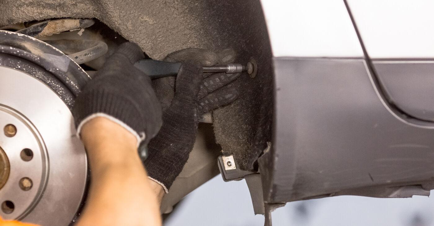 Cik grūti ir veikt Amortizatoru Atbalsta Gultņi nomaiņu Audi A4 b6 2.5 TDI 2001 - lejupielādējiet ilustrētu ceļvedi