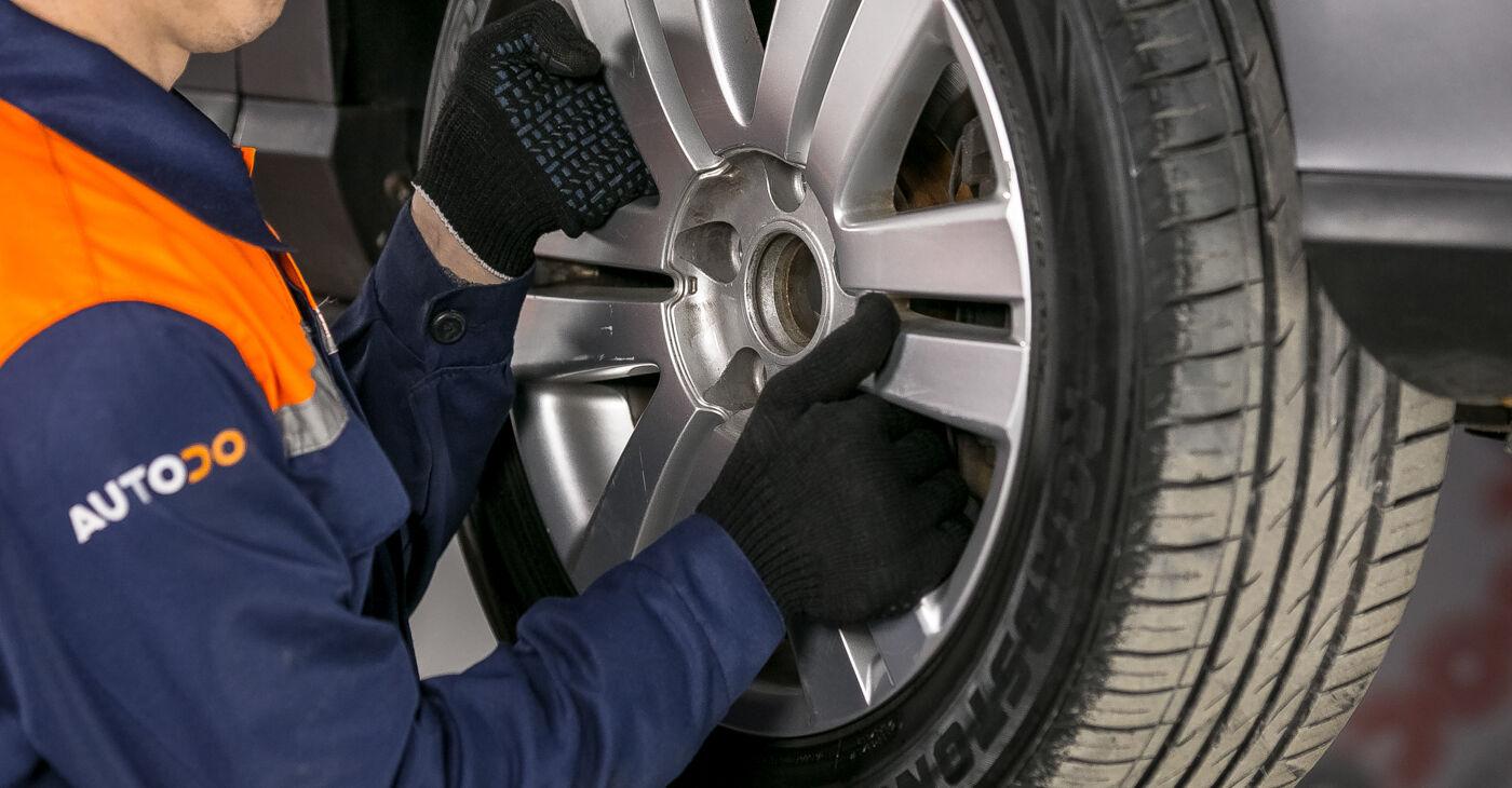 Kaip pakeisti VW PASSAT Variant (3C5) 2.0 TDI 2006 Amortizatoriaus Atraminis Guolis - išsamios instrukcijos ir vaizdo pamokos