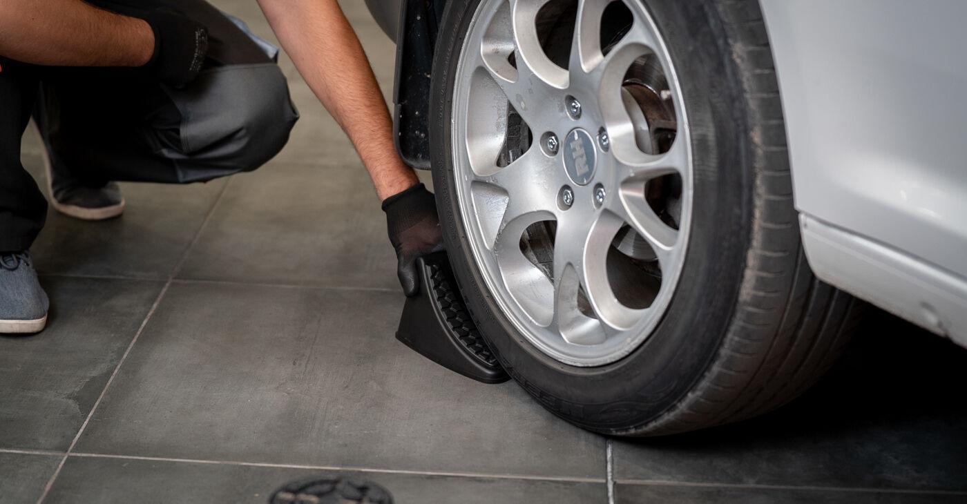 Kaip pakeisti VW CADDY III Estate (2KB, 2KJ, 2CB, 2CJ) 2004 Rato guolis - patarimai ir gudrybės