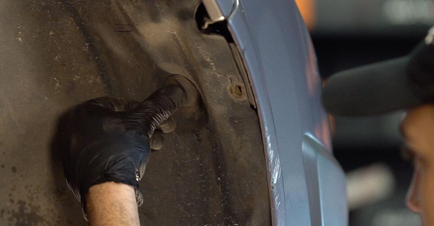 Renault Scenic 2 1.5 dCi 2005 Courroie Trapézoïdale à Nervures remplacement : manuels d'atelier gratuits