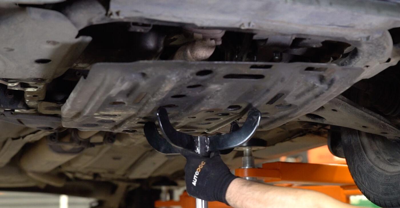 Kā nomainīt OPEL ASTRA G Hatchback (F48_, F08_) 1998 Motora stiprinājums - padomi un ieteikumi