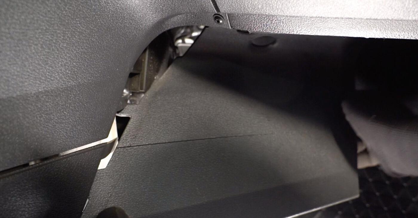Patstāvīga VW TOURAN (1T1, 1T2) 1.4 TSI 2006 Salona filtrs nomaiņa