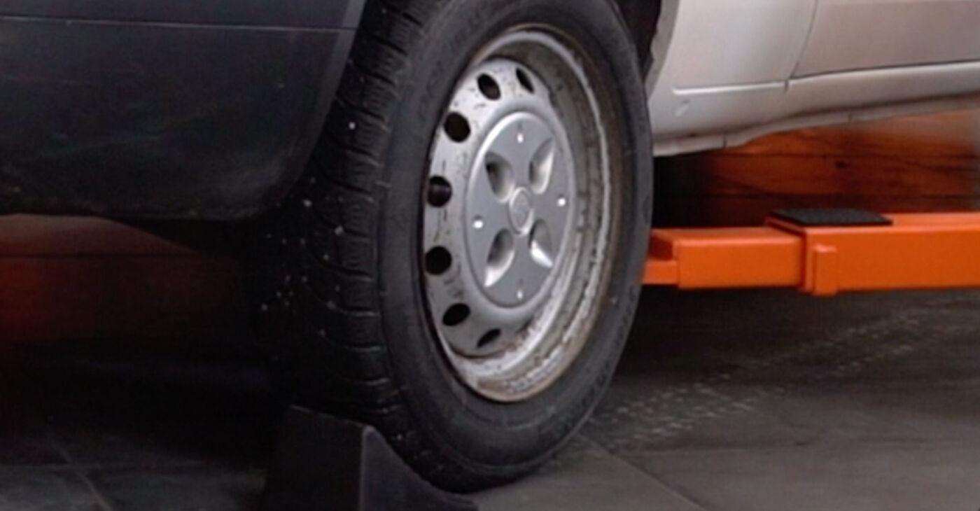 Cómo cambiar Amortiguadores en un Fiat Doblo Cargo 2000 - Manuales en PDF y en video gratuitos