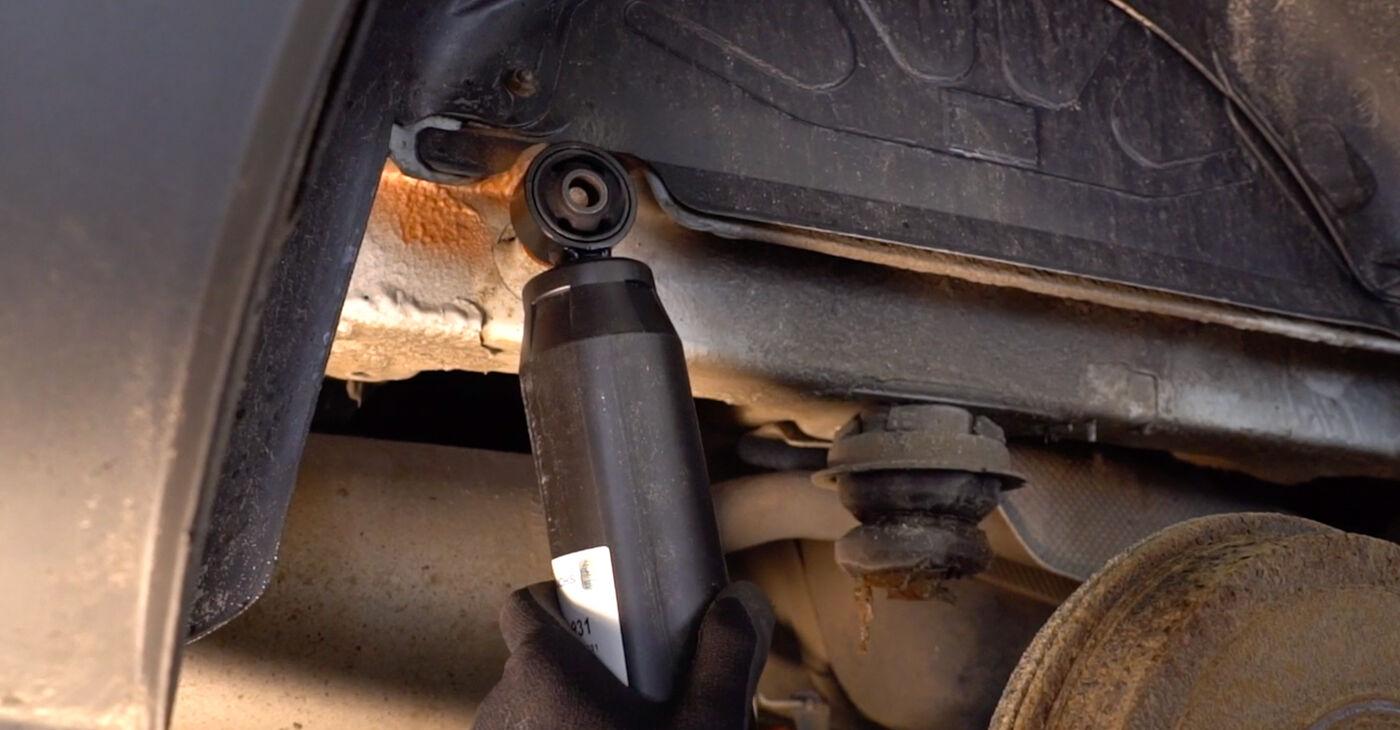 Cómo cambiar Amortiguadores en un FIAT DOBLO Cargo (223) 2012 - consejos y trucos