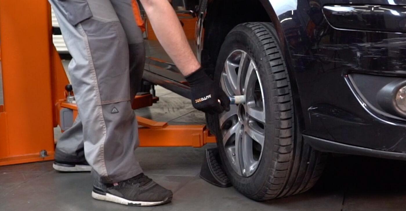 Kako zamenjati VW TOURAN (1T1, 1T2) 1.9 TDI 2004 Roka - priročniki s koraki in video vodniki