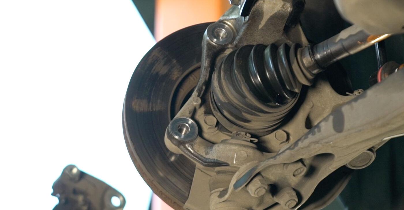 Pakāpeniski ieteikumi patstāvīgai Toyota Prius 2 2009 1.5 (NHW2_) Bremžu diski nomaiņai