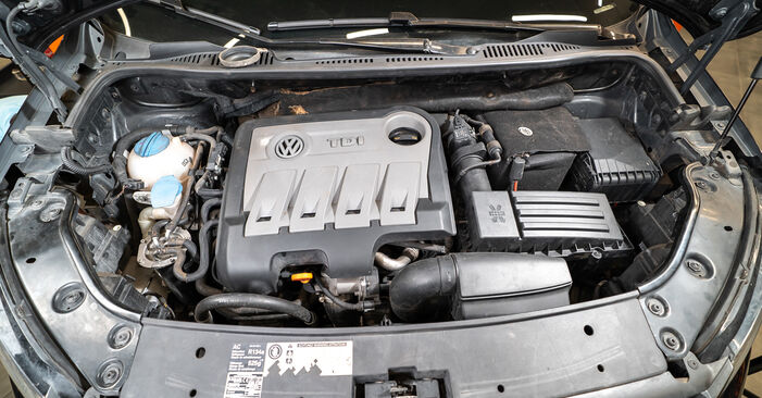 How to replace VW TOURAN (1T3) 1.6 TDI 2011 Oil Filter - step-by-step manuals and video guides