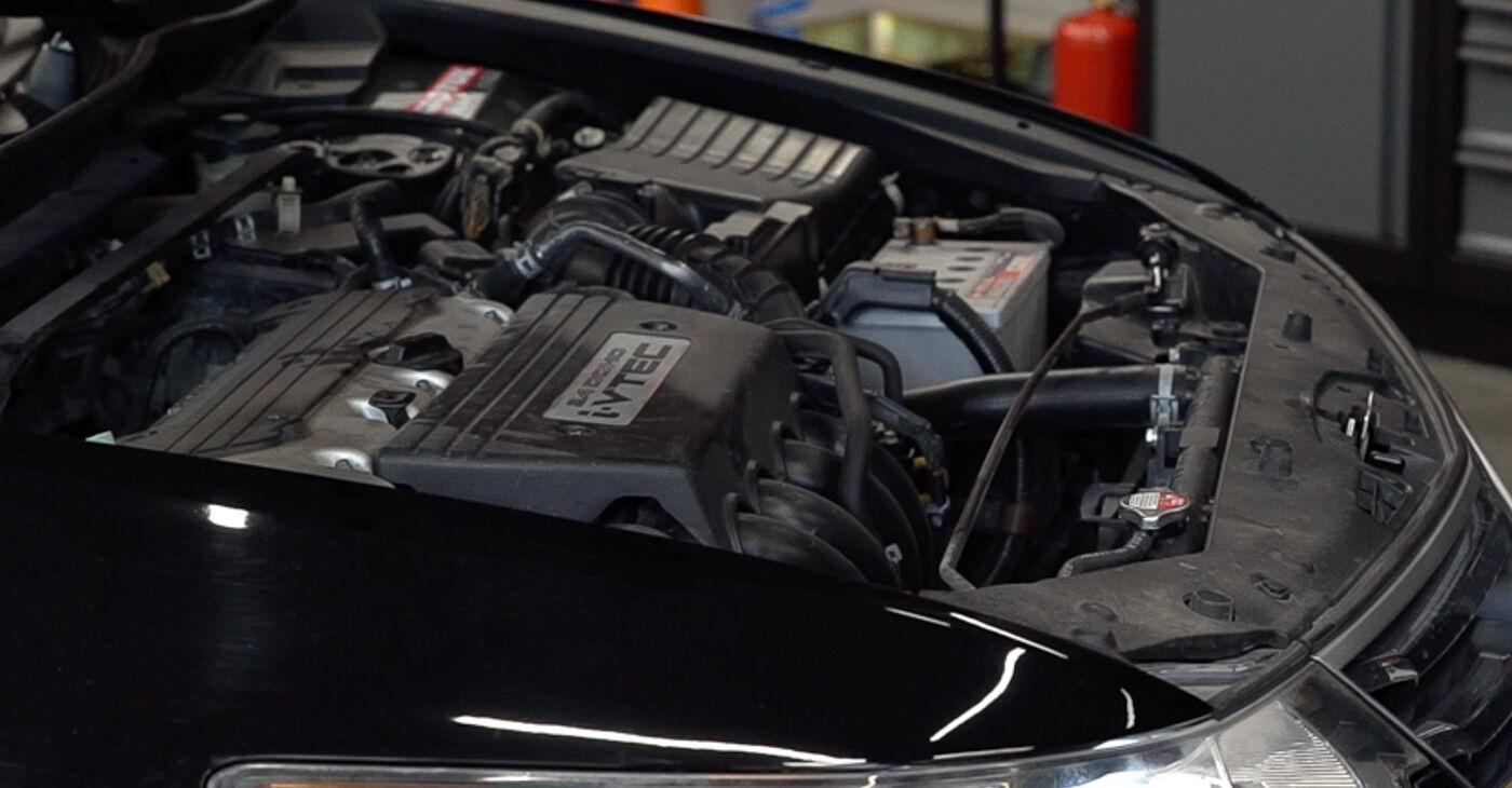 Come cambiare Supporto Ammortizzatore su Honda Accord VIII CU 2008 - manuali PDF e video gratuiti