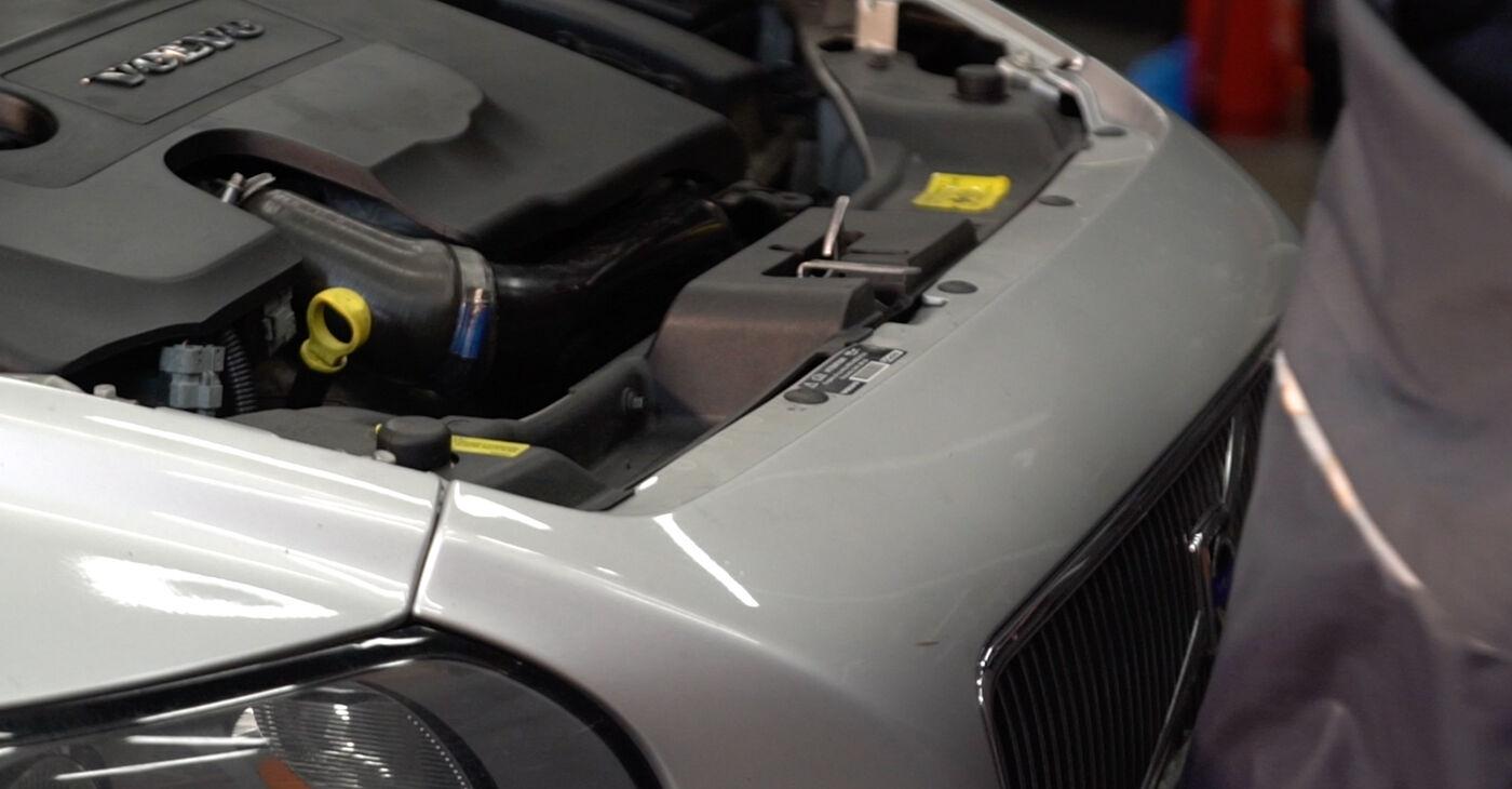 V50 (MW) 1.8 FlexFuel 2004 Stoßdämpfer - Tutorial zum selbstständigen Teilewechsel