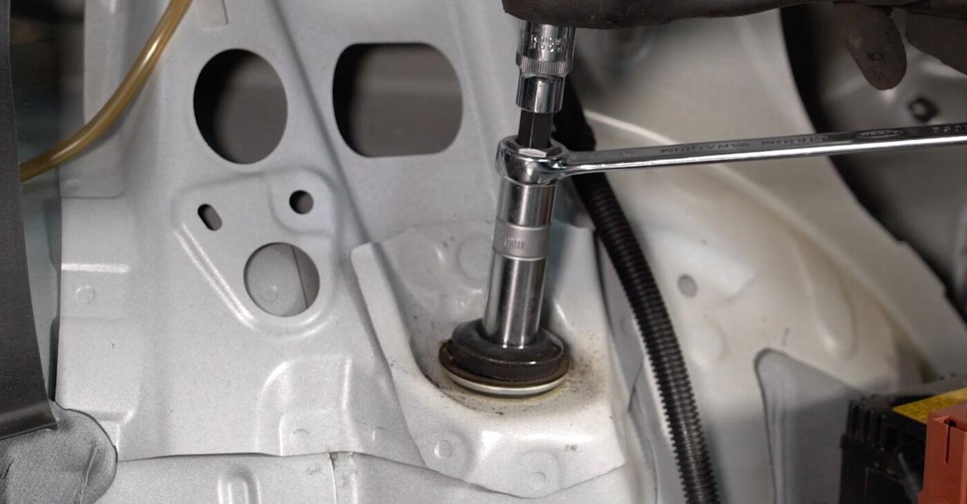 Pakāpeniski ieteikumi patstāvīgai Toyota Auris e15 2012 1.4 (ZZE150_) Amortizators nomaiņai