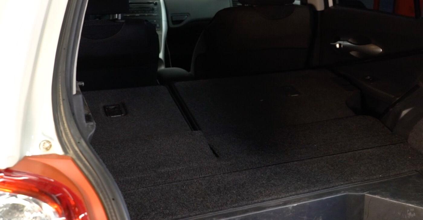 Toyota Auris e15 2.0 D-4D (ADE150_) 2008 Amortizators nomaiņa: bezmaksas remonta rokasgrāmatas