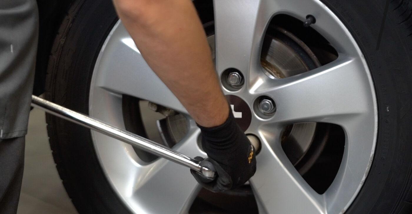 Kā nomainīt Piekare Toyota Auris e15 2006 - bezmaksas PDF un video rokasgrāmatas