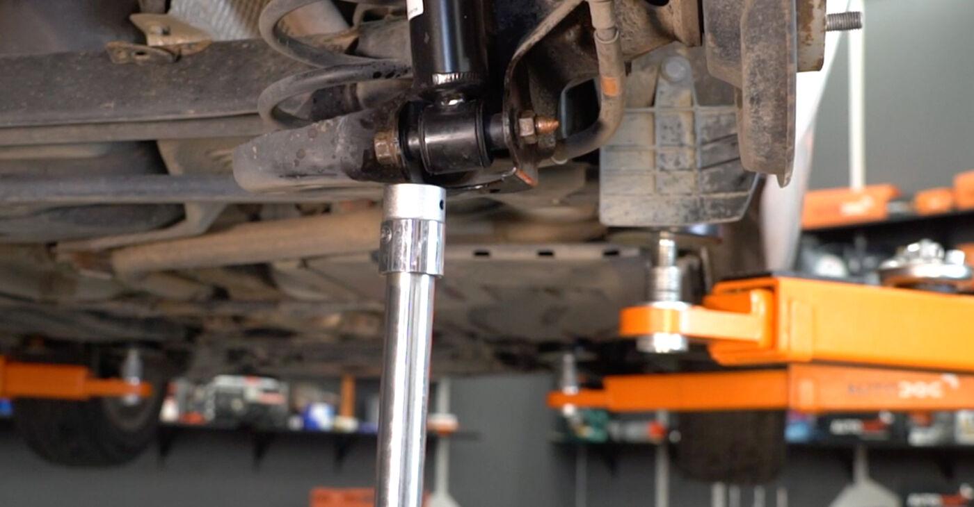 Cik ilgu laiku aizņem nomaiņa: Toyota Auris e15 2007 Piekare - informatīva PDF rokasgrāmata