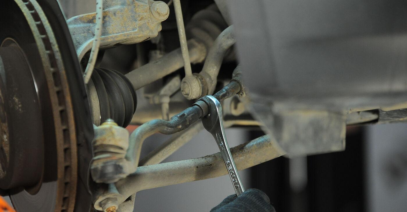 Kā noņemt BMW X3 3.0 sd 2007 Stūres šķērsstiepņa uzgalis - viegli izpildāmas tiešsaistes instrukcijas
